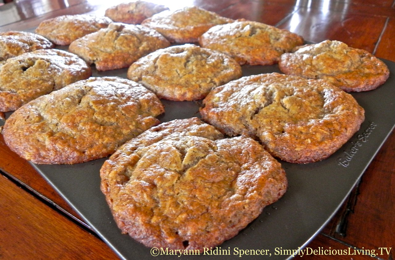 Banana Pineapple Coconut Muffins